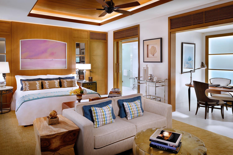 St Regis Abu Dhabi 007.jpg