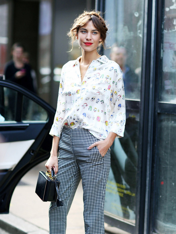 the-17-steps-to-follow-to-dress-just-like-alexa-chung-1951170-1477345715.600x0c.jpg