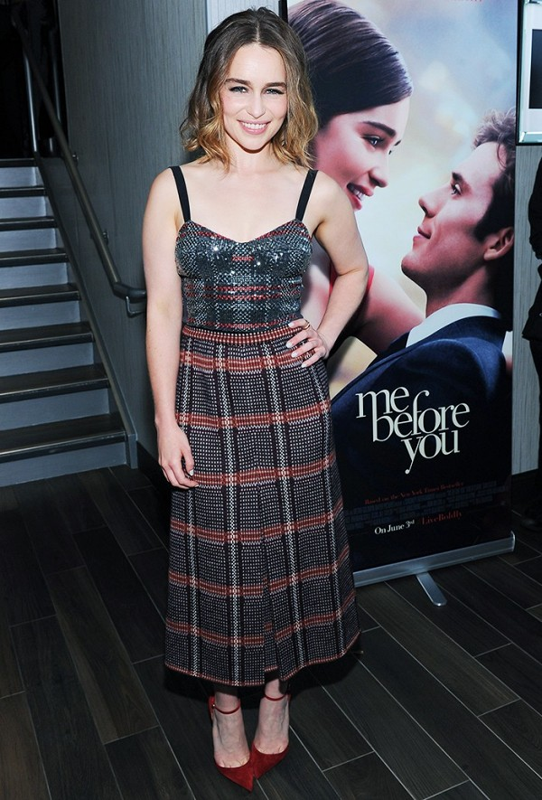 from-one-petite-girl-to-another-emilia-clarke-you-are-my-fashion-hero-1787176-1464553942.600x0c.jpg