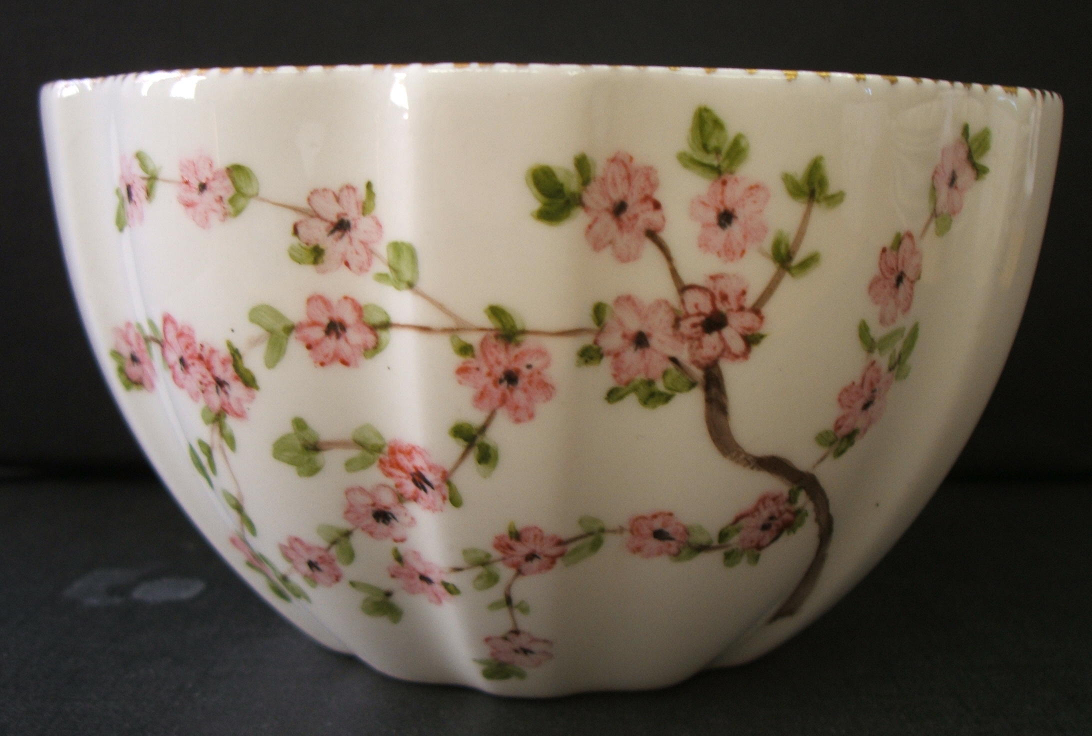 Amateur Painted Pink Daisies Thyme (2).jpg
