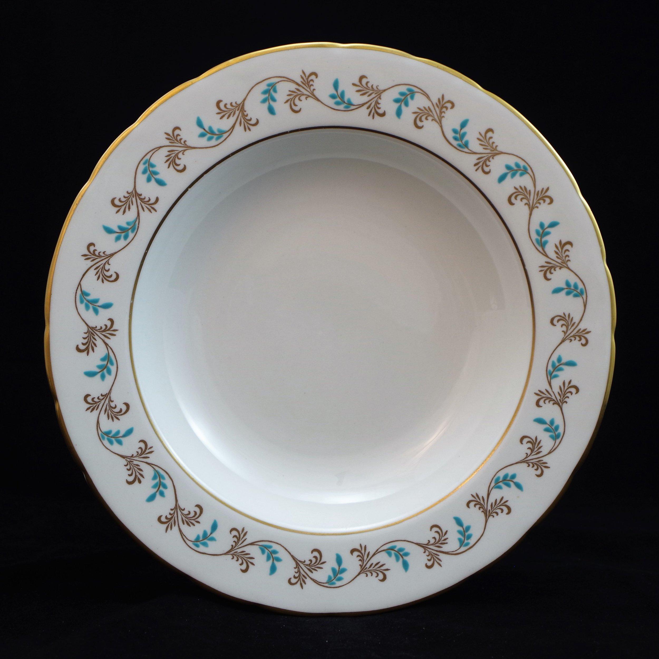 royal-crown-derby-george-VI-diana-pattern-bowl