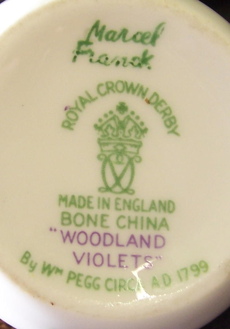 royal-crown-derby-marcel-franck-atomiser-woodland-violets-A1184-mark