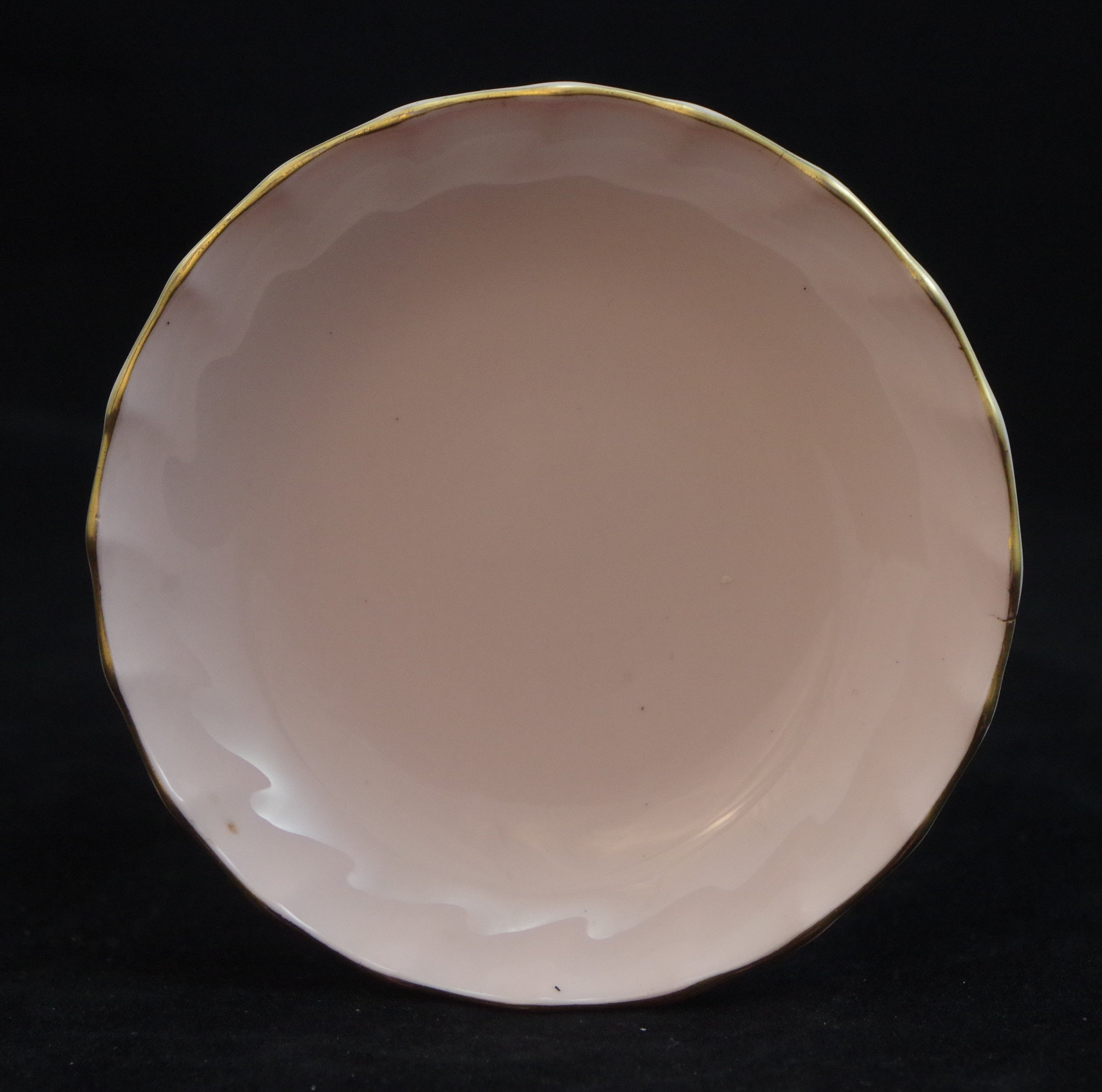 royal-crown-derby-boston-round-tray-salmon