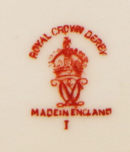 royal-crown-derby-diamond-shape-footed-tray-dean-maritime-centre-mark