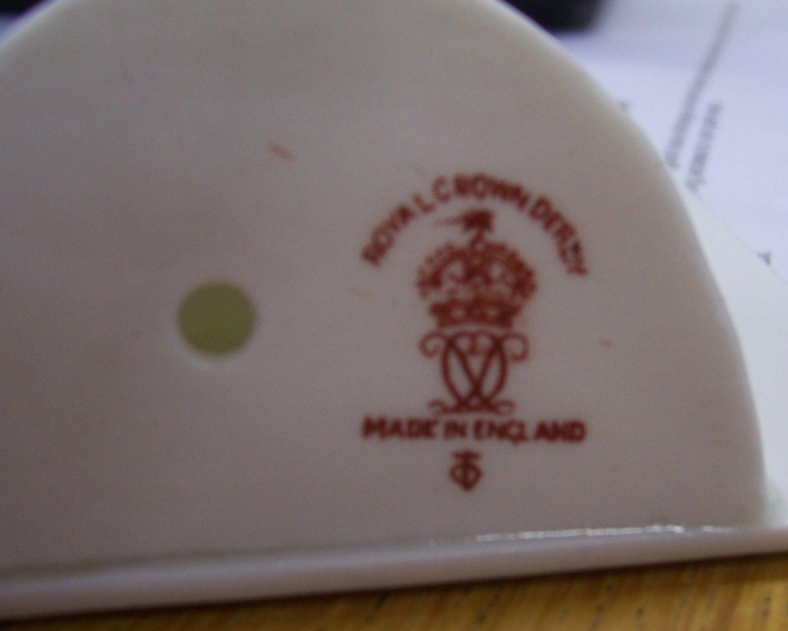 royal-crown-derby-menu-stand-mark