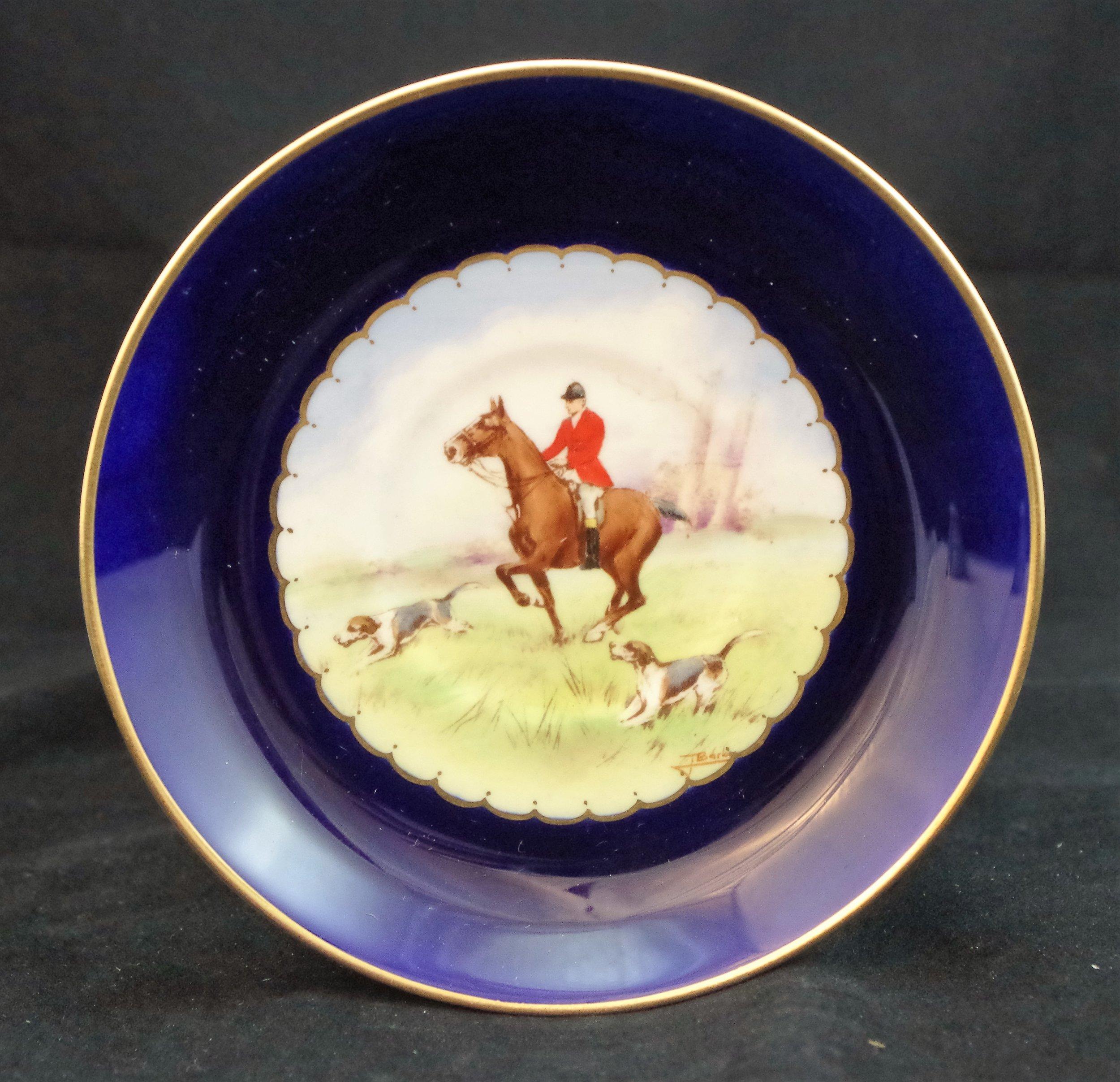 royal-crown-derby-ely-shape-saucer-cobalt-ground-hunting-scene
