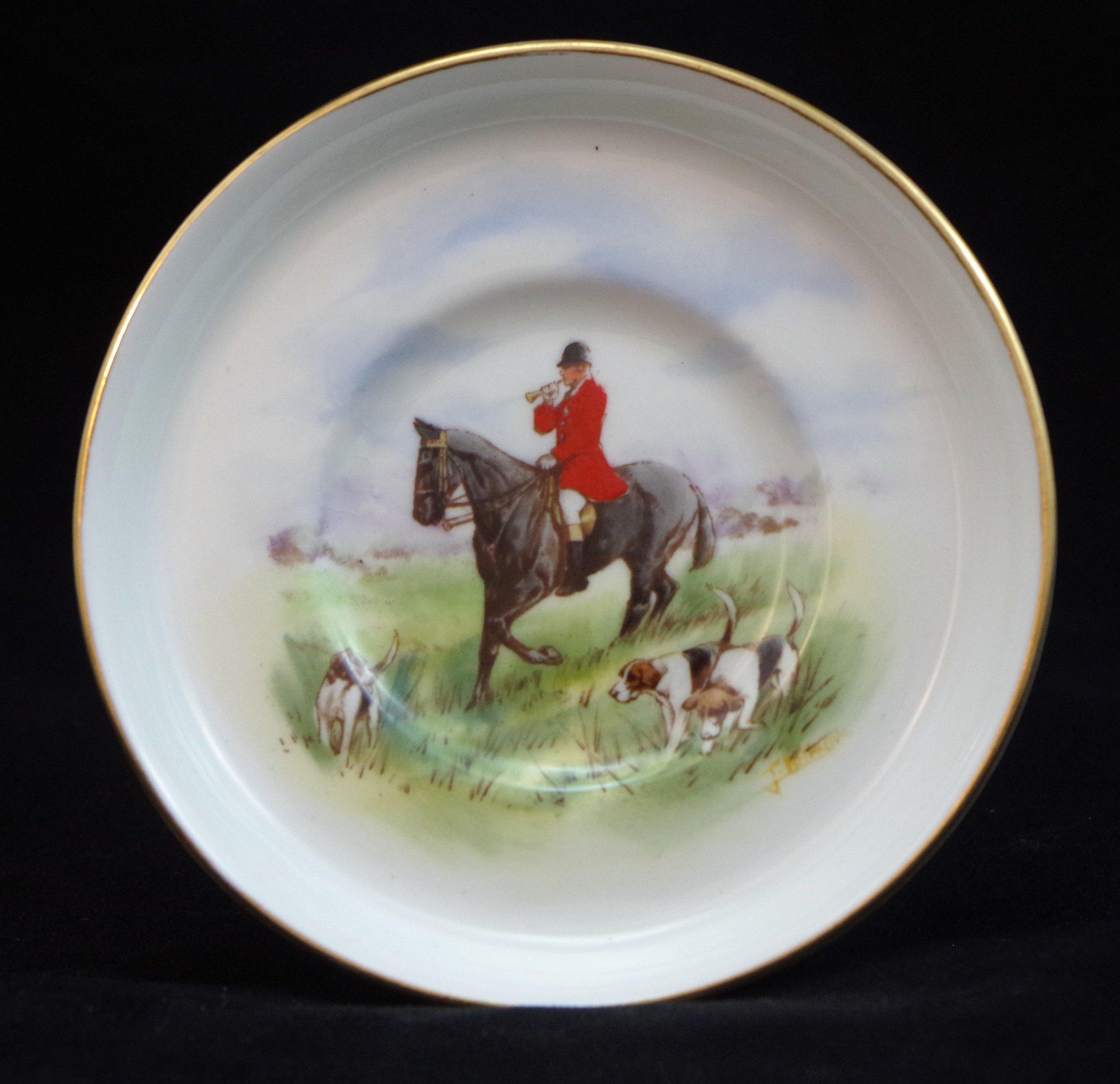 royal-crown-derby-edinburgh-shape-saucer-hunting-scene-