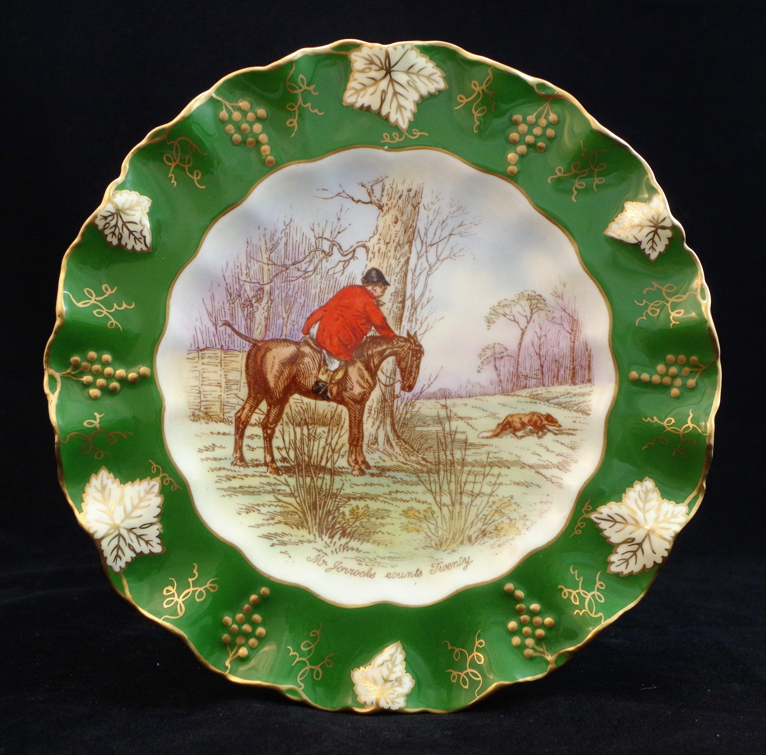 royal-crown-derby-vine-siam-green-ground-jorrocks-4