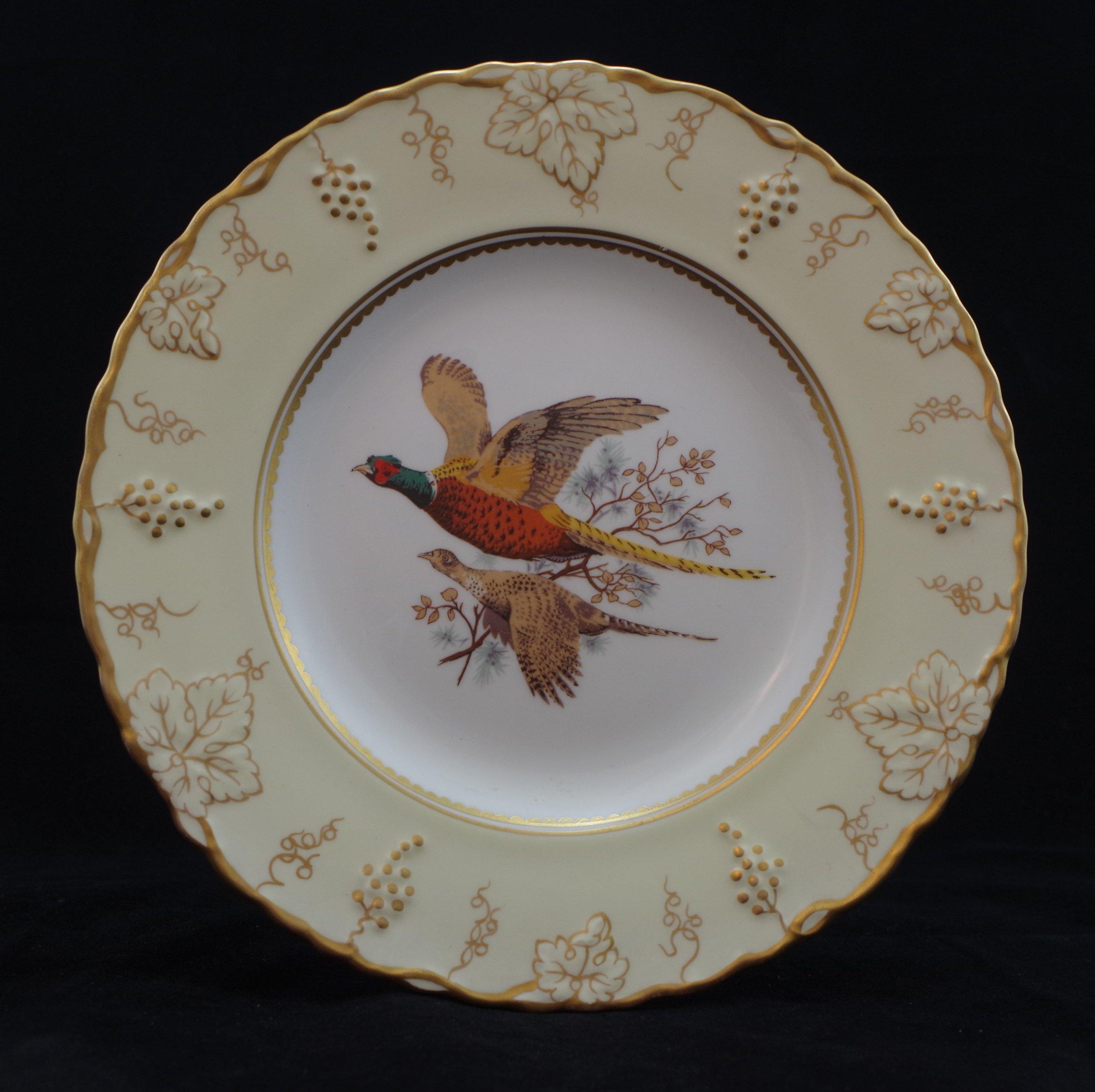 royal-crown-derby-vine-ivory-ground-pheasants