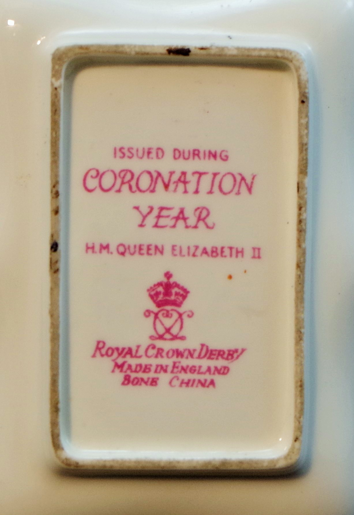 royal-crown-derby-gadroon-oblong-coronation-tray-ockbrook-school-mark