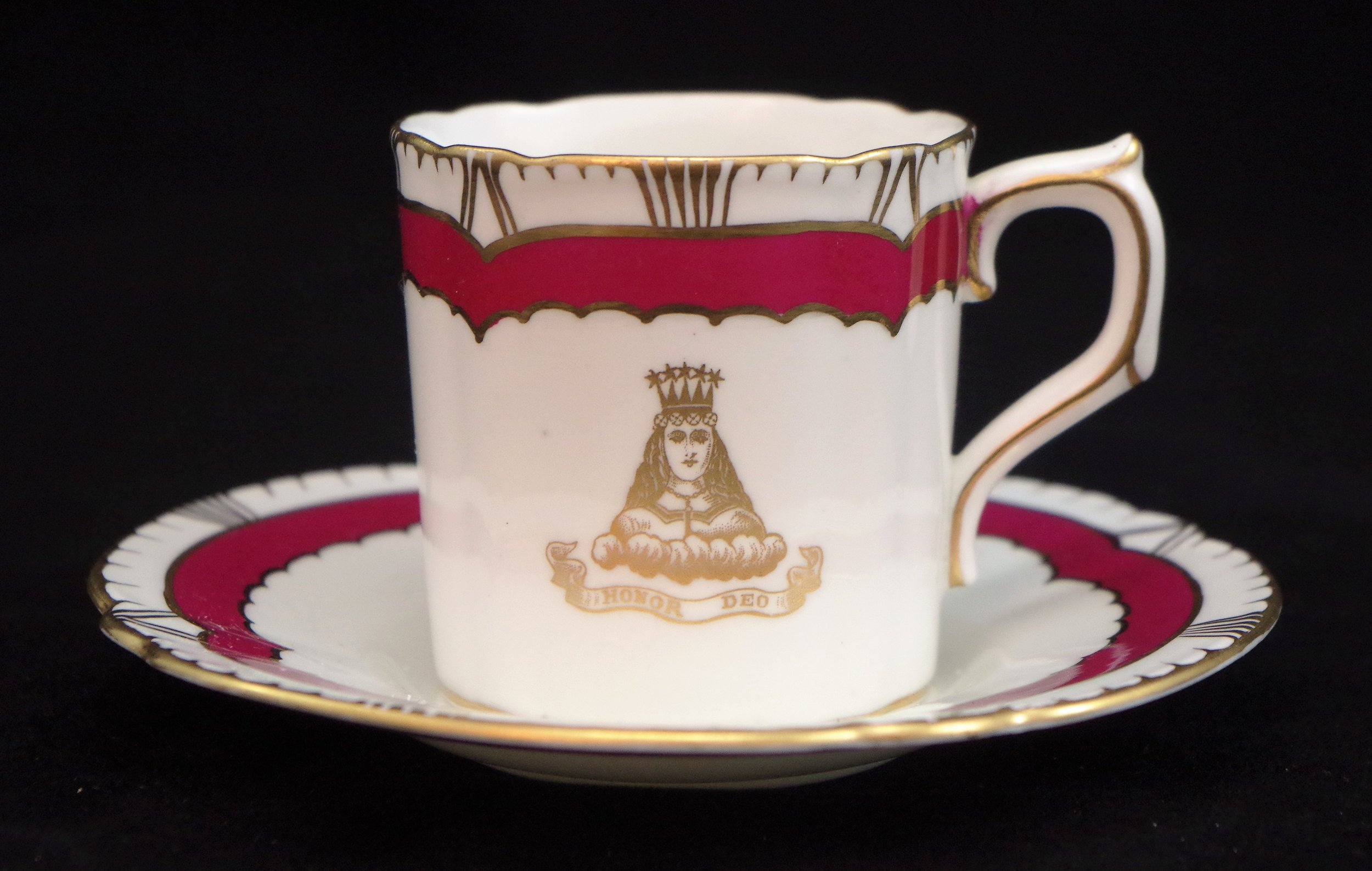 royal-crown-derby-chelsea-maroon-the-worshipful-company-of-mercers