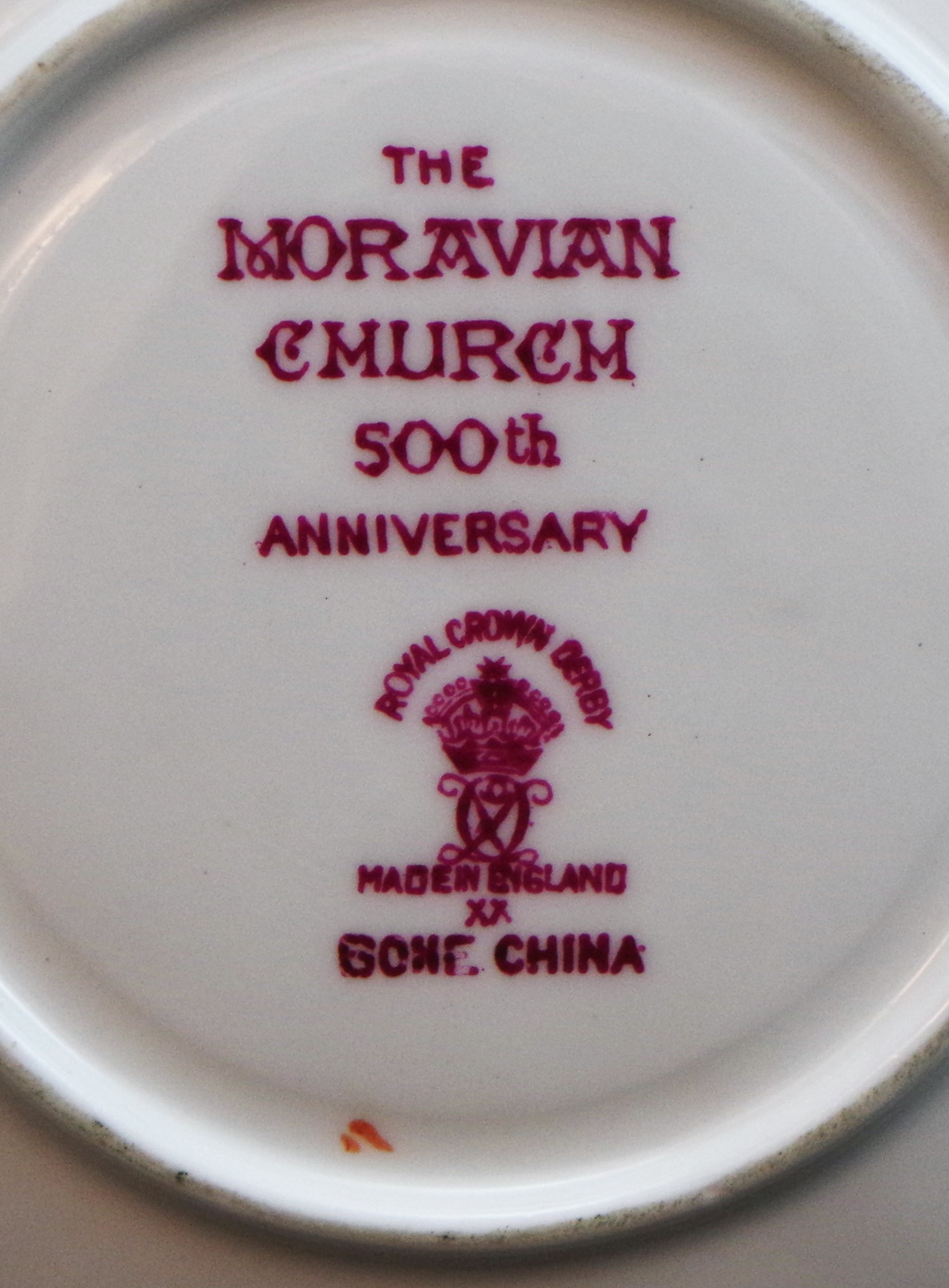 royal-crown-derby-surrey-moravian-church-500-year-anniversary-mark