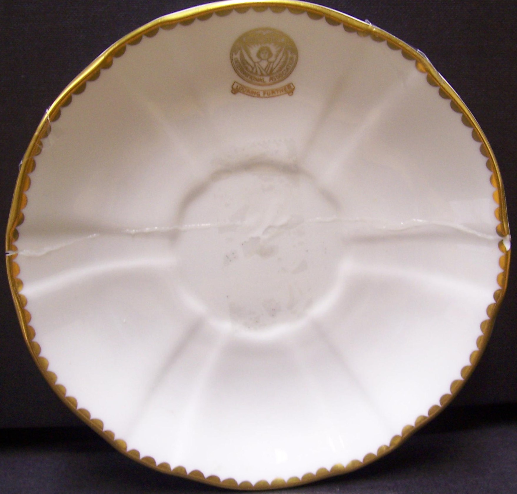 royal-crown-derby-surrey-saucer-soroptimist-international-association