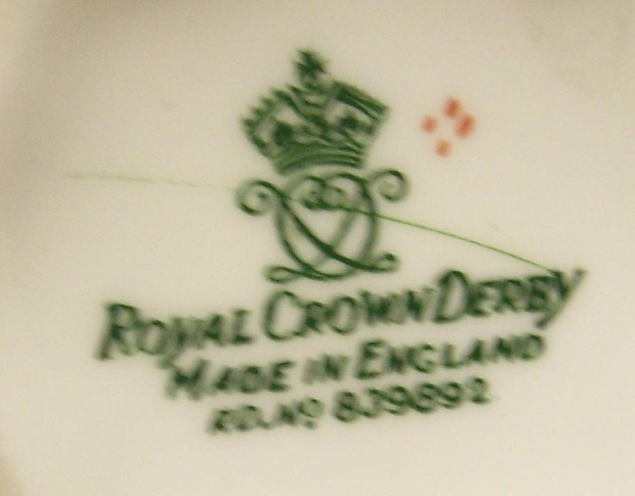 royal-crown-derby-surrey-soroptimist-international-association-mark