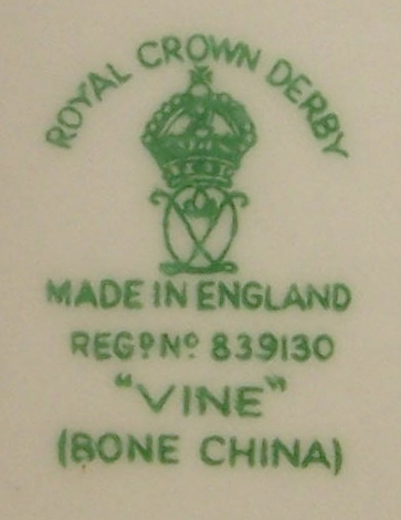 royal-crown-derby-vine-heliotrope-Kamal-Adham-A812-mark