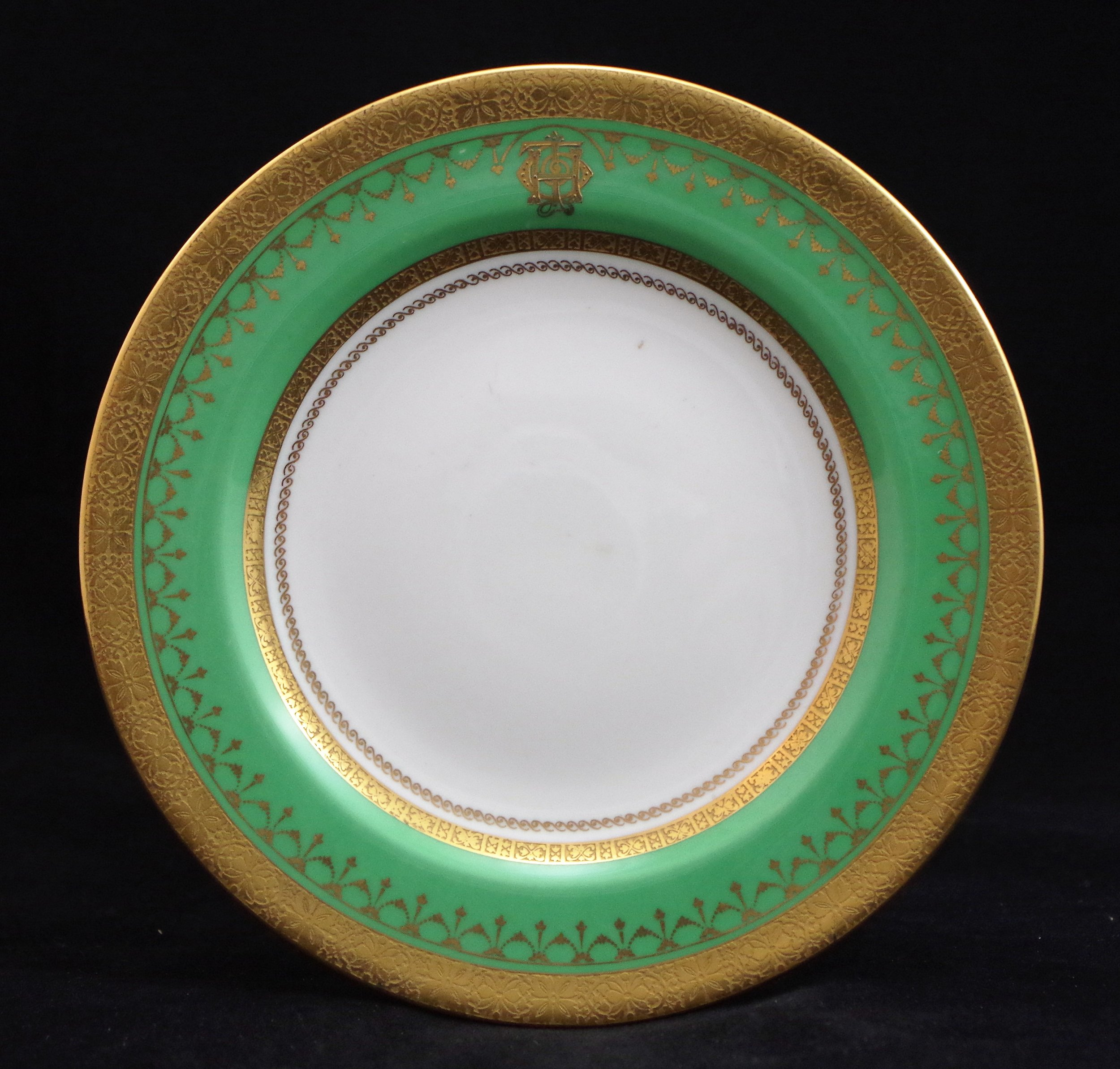 royal-crown-derby-monogrammed-jimmy-thomas-MP-plate