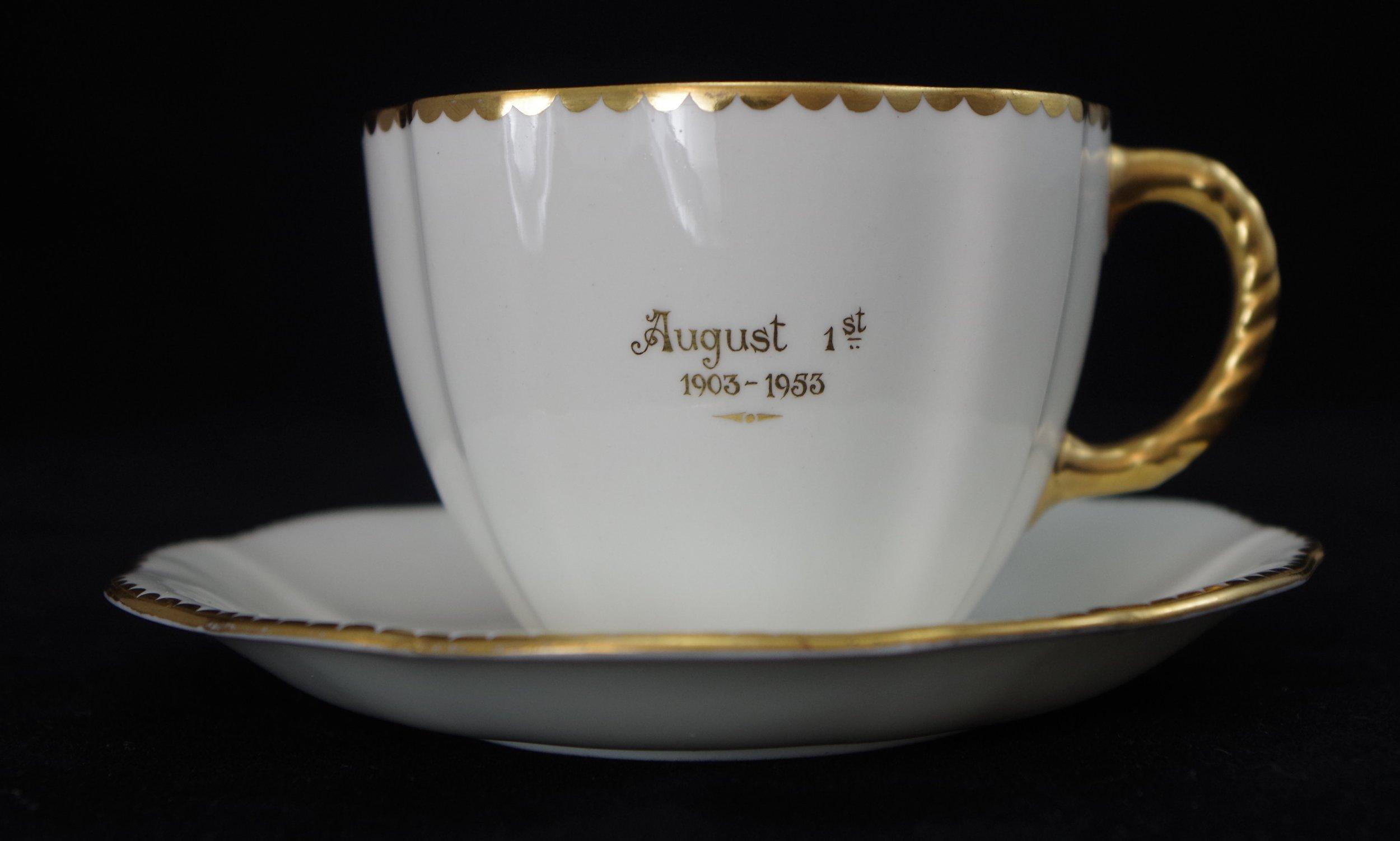 royal-crown-derby-surrey-golden-wedding-anniversary-1st-august-1953