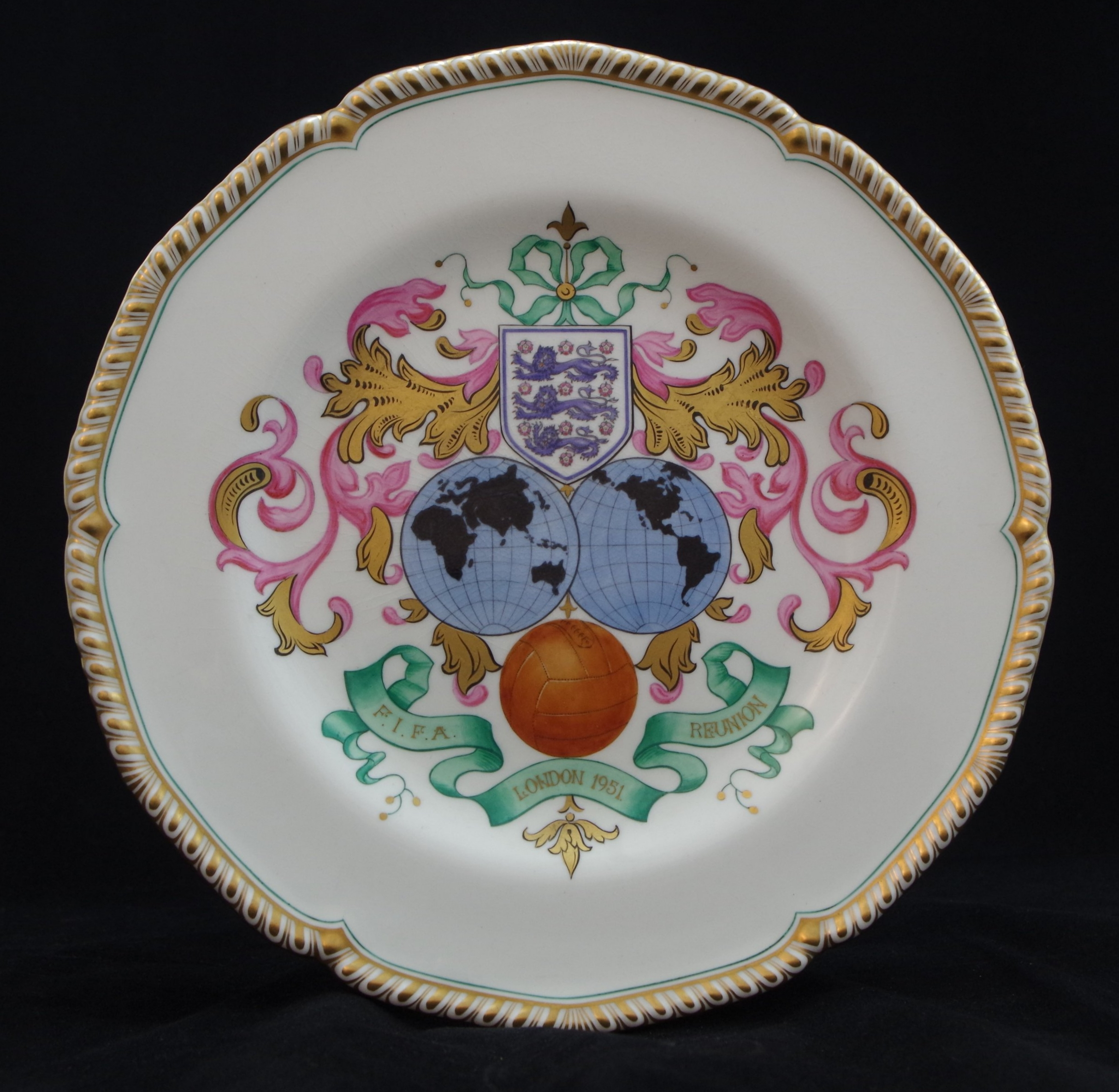 royal-crown-derby-gadroon-FIFA-reunion-plate-1951