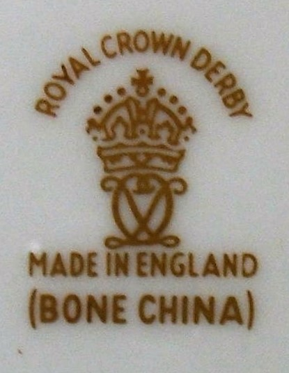 royal-crown-derby-bone-china-factory-mark-gold