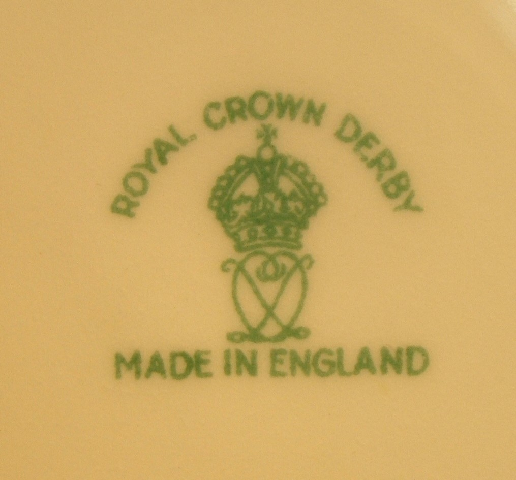 royal-crown-derby-surrey-shape-salmon-ground-mark