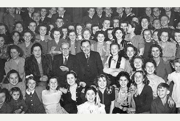 royal-crown-derby-christmas-party-1948-or-1949