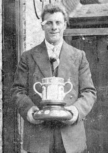 royal-crown-derby-harry-king-derby-hospital-day-1927