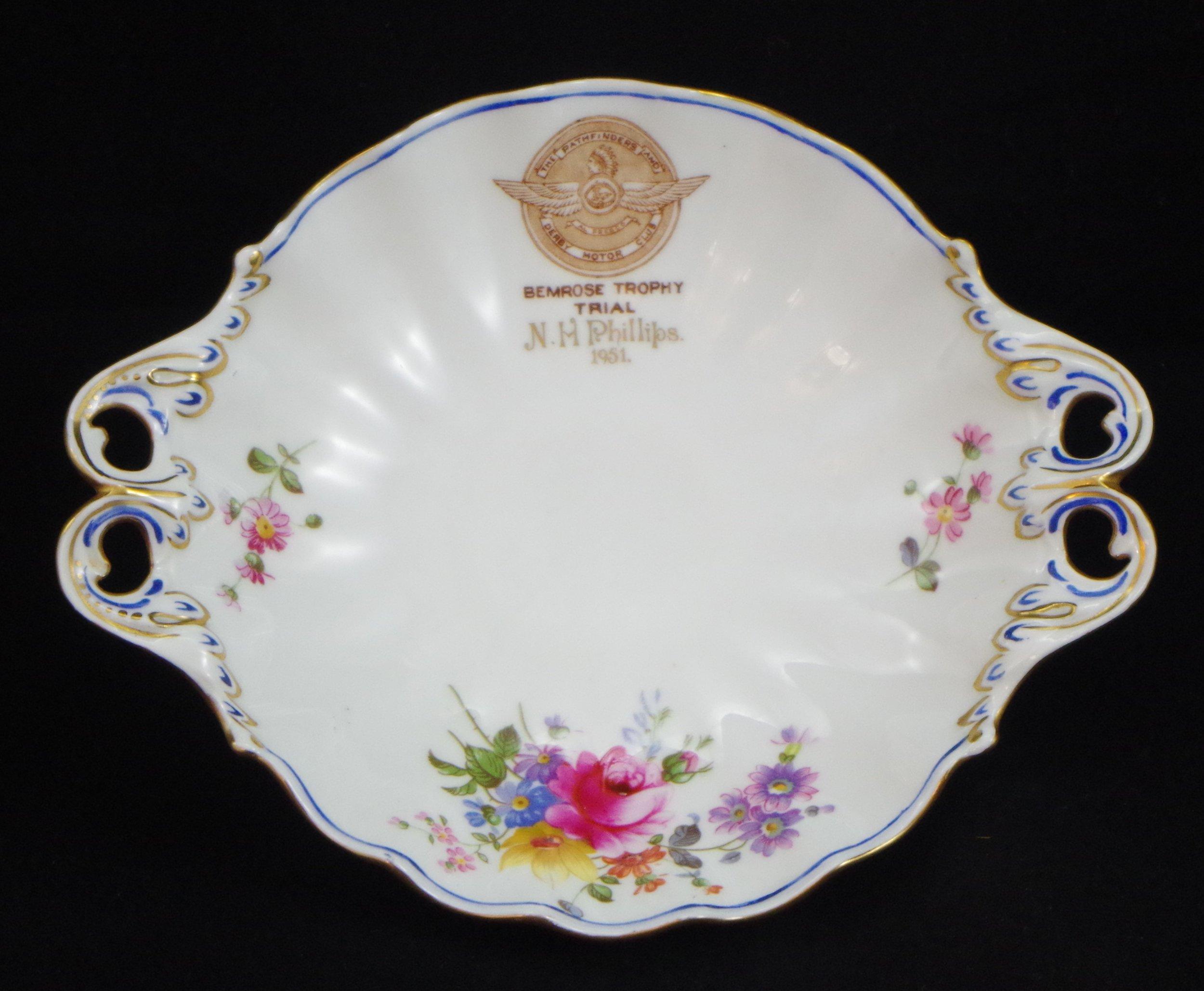royal-crown-derby-duchess-tray-bemrose-trophy-trial-n-h-phillips-1951-9875