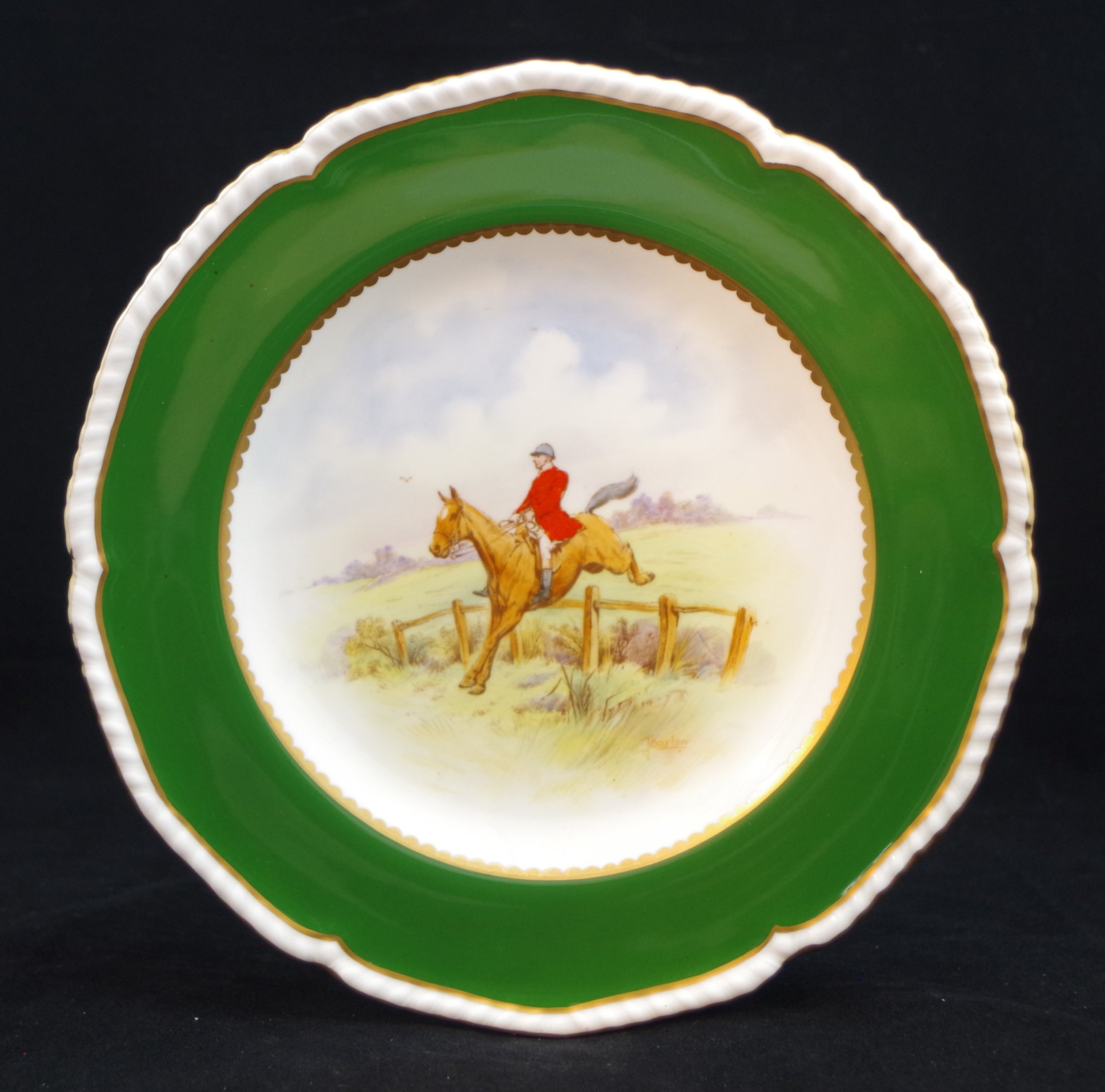 royal-crown-derby-gadroon-green-ground-hunting-scene-4