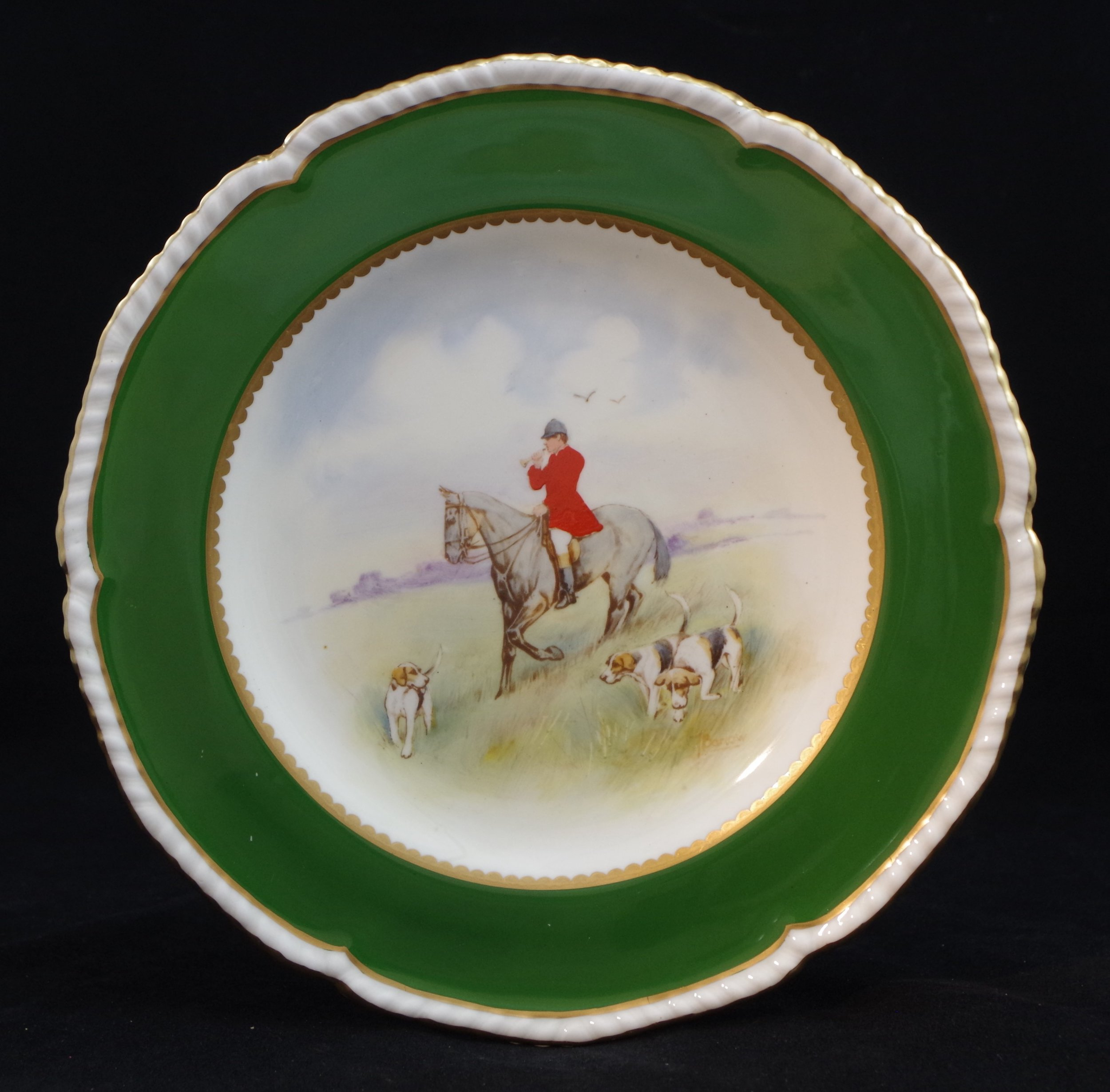 royal-crown-derby-gadroon-green-ground-hunting-scene-6