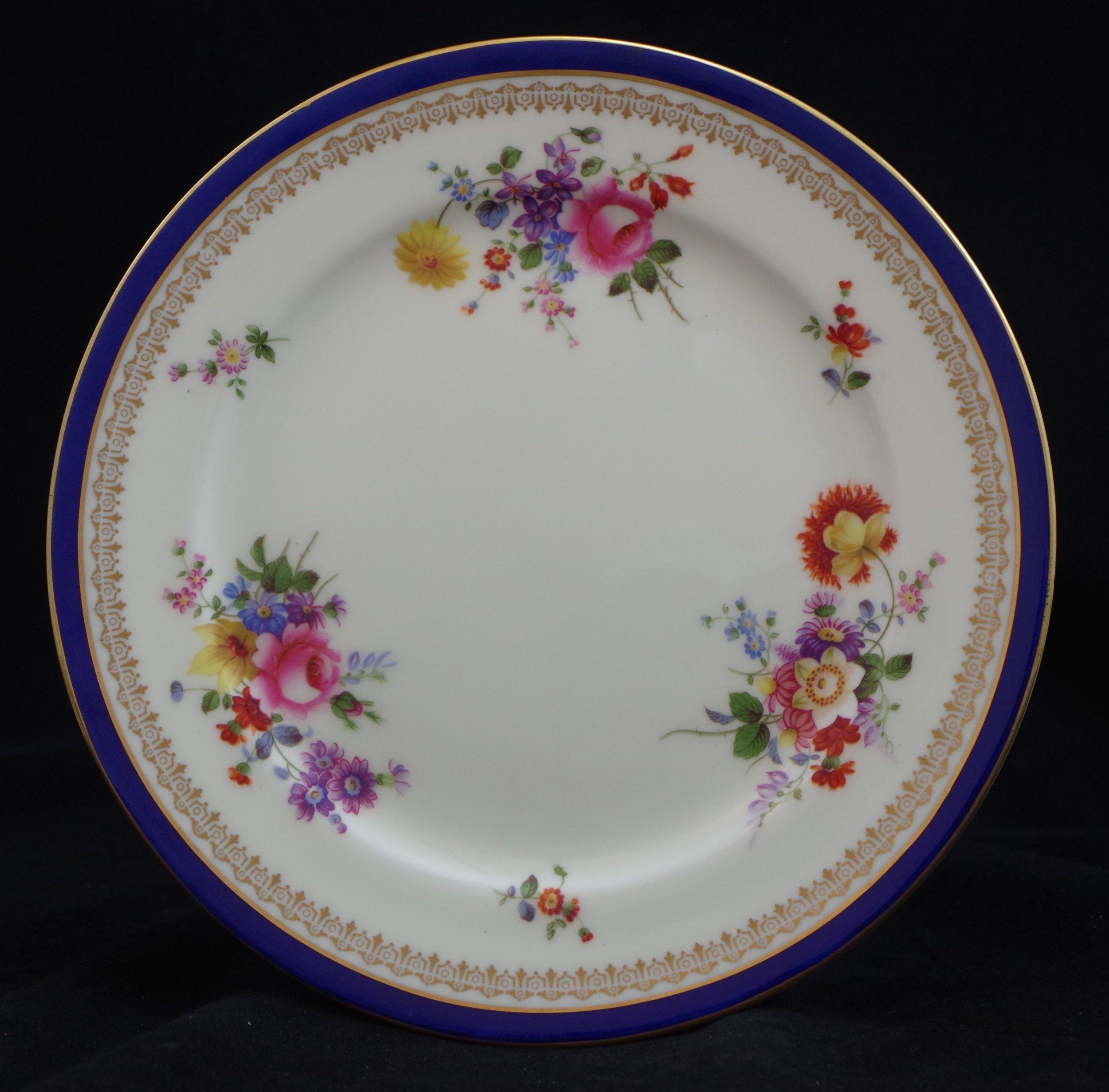 royal-crown-derby-plain-shape-cobalt-band-posie-pattern