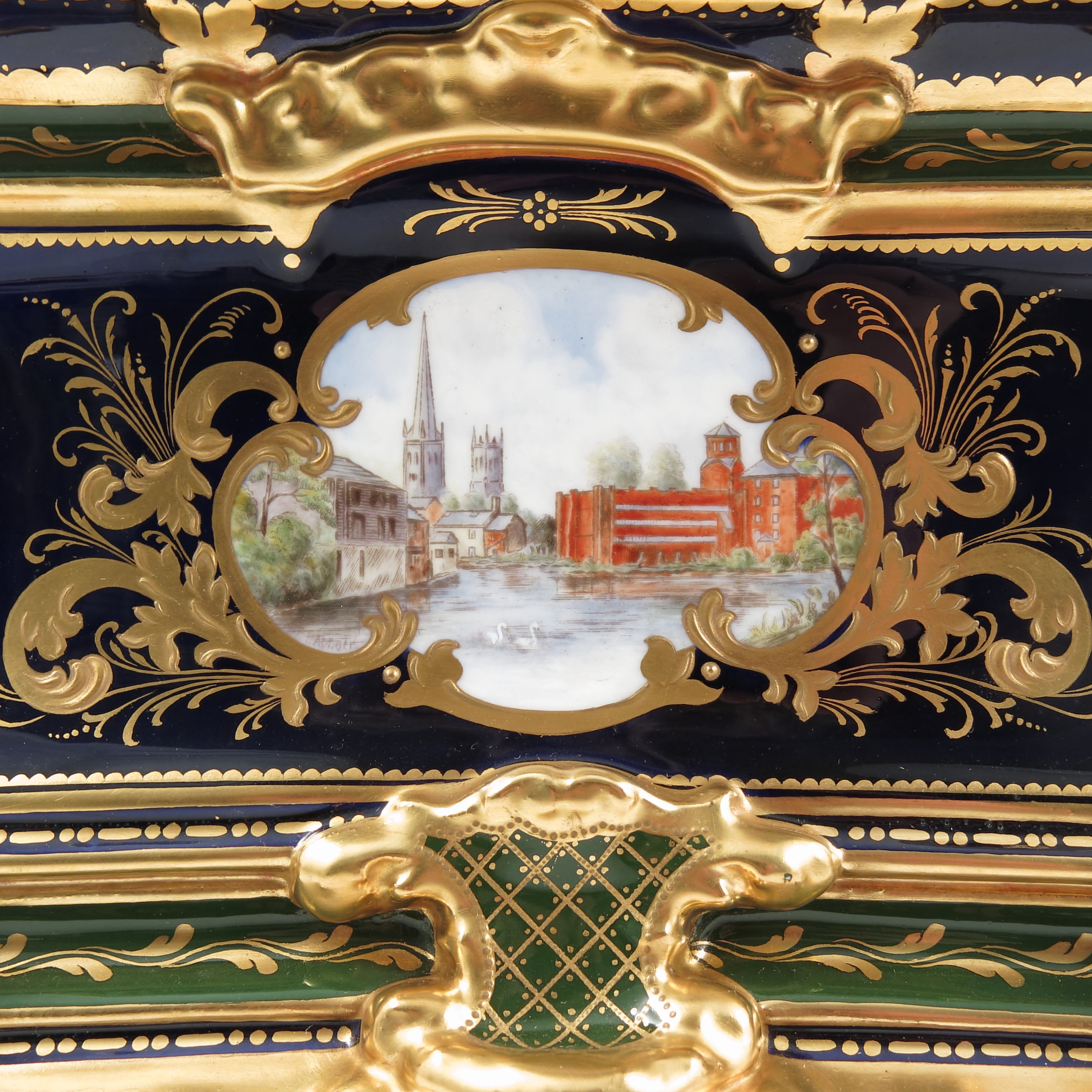 royal-crown-derby-freedom-casket-side-panel-2