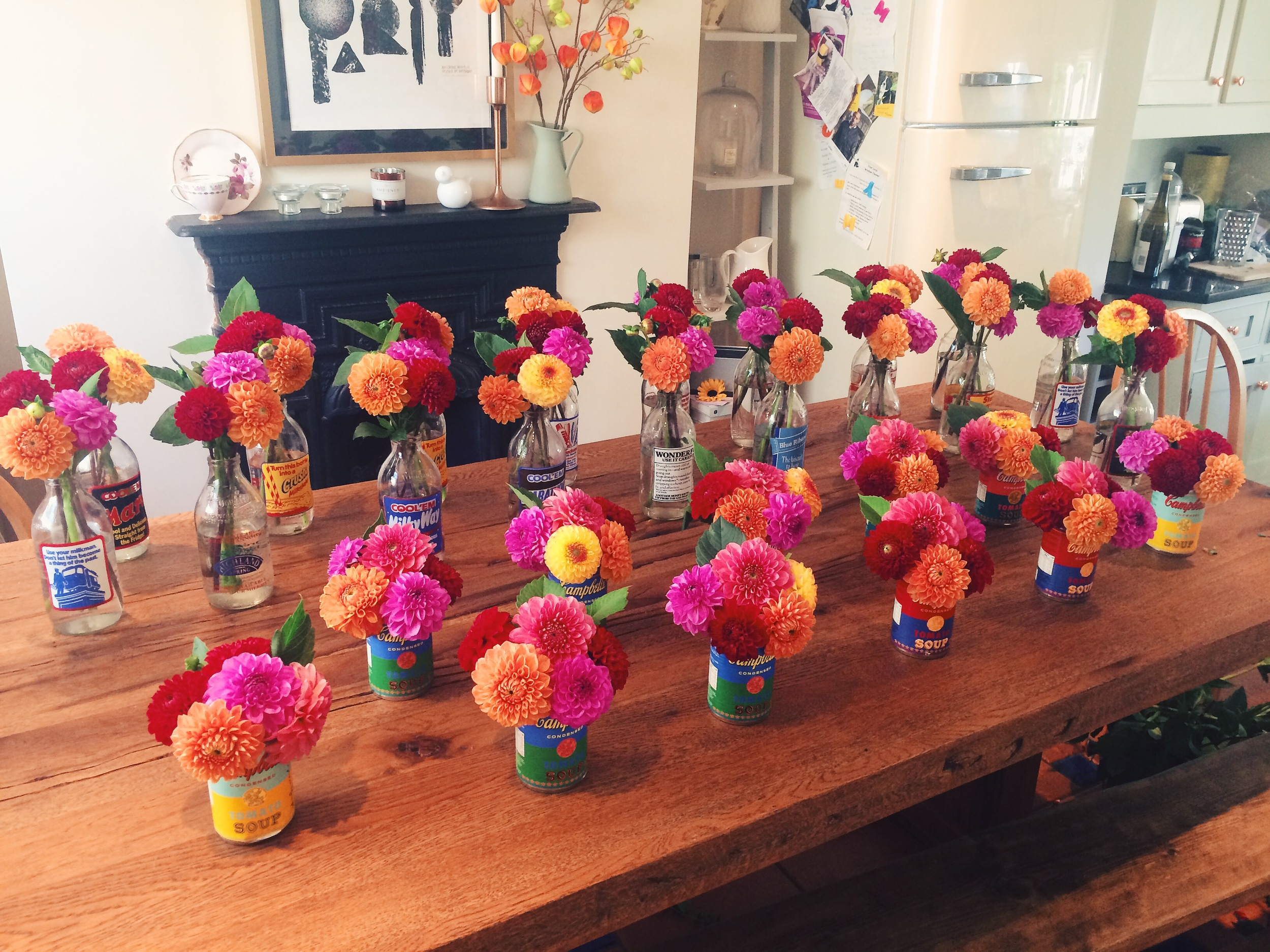 The pom pom dahlia's are so vibrant and worked well with the Pop Art soup cans - here they all are after being put together in my kitchen!