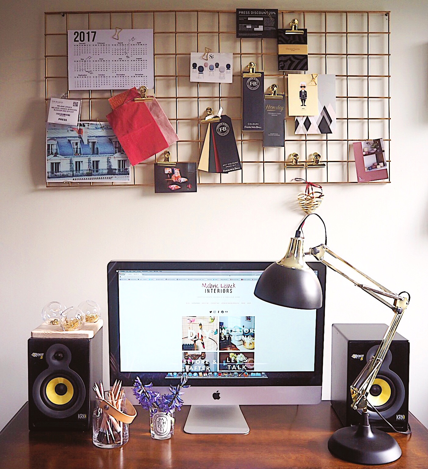 How To Diy A Gold Mesh Metal Wire Notice Board Melanie