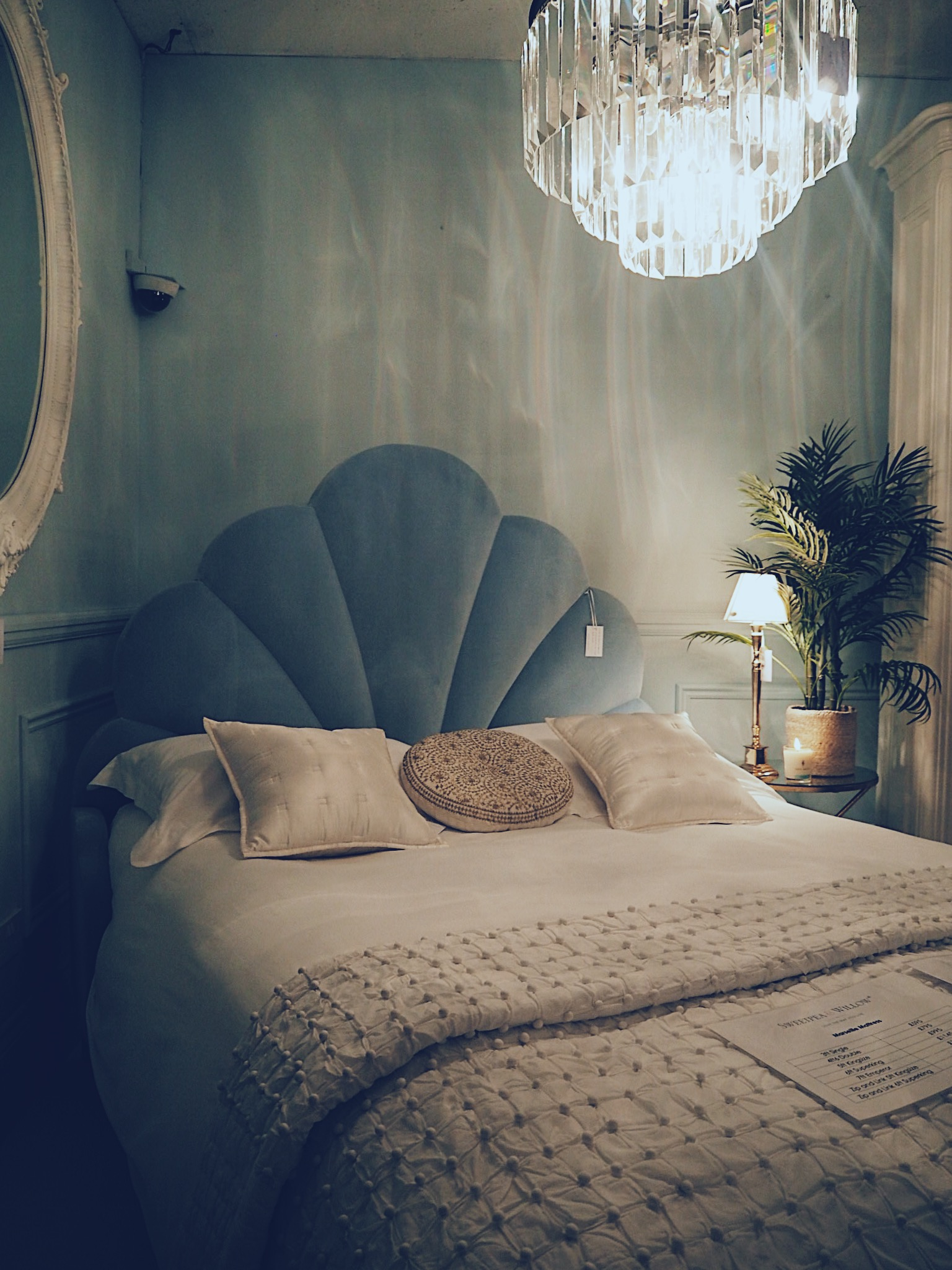 The Ariel Bed