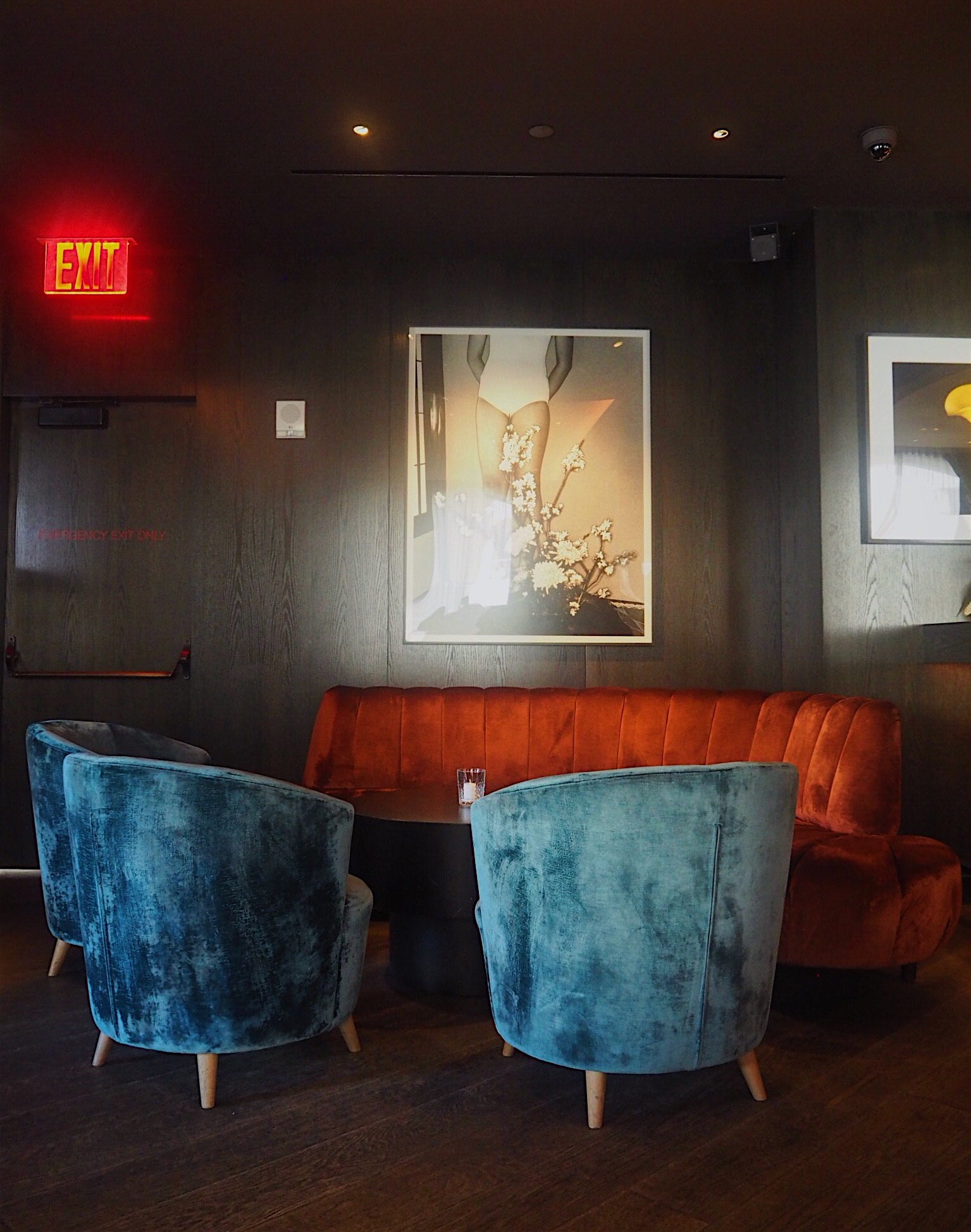 The Blond - the bar at the 11 Howard Hotel