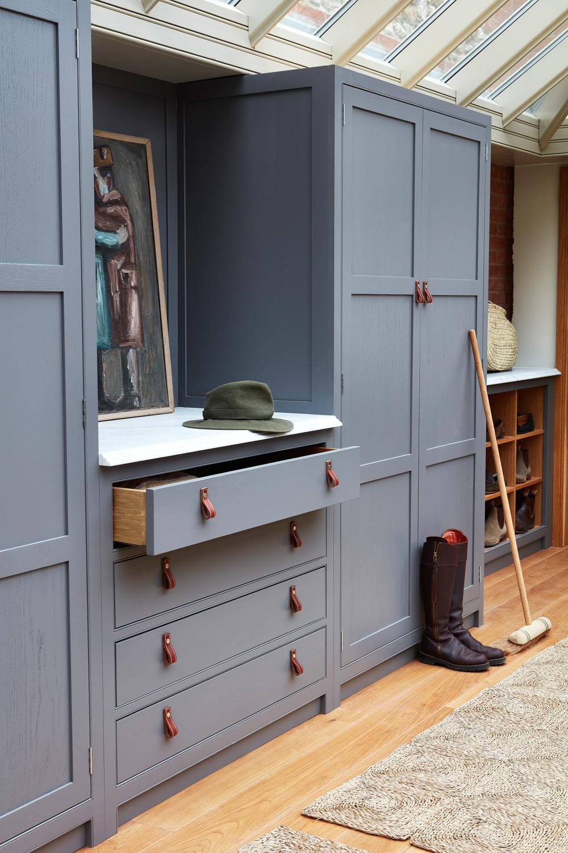 naked doors kitchen