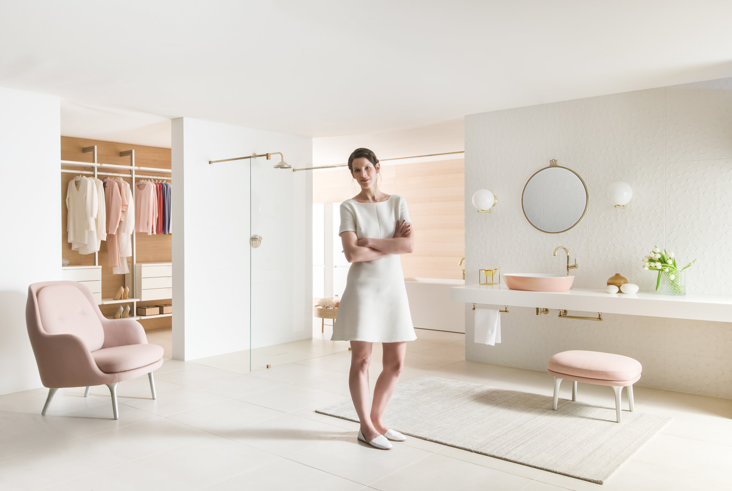 Gesa Hansen with one of her pink sinks for Villeroy & Boch