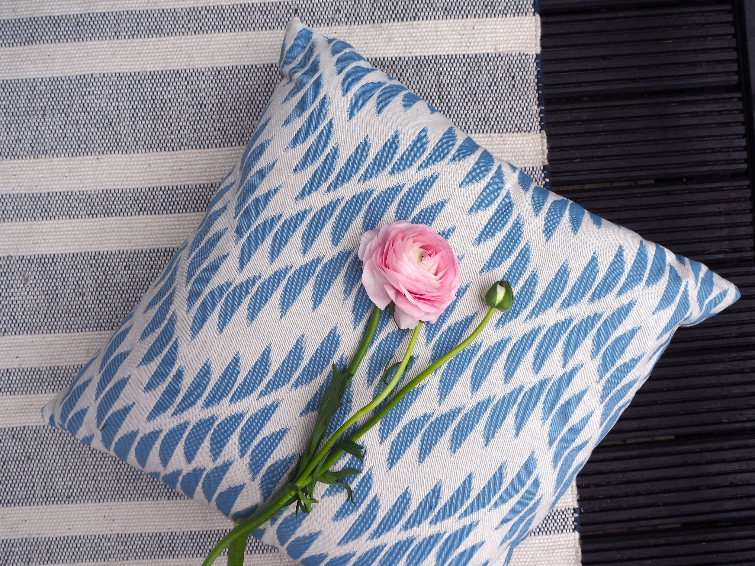 marks and spencer cresent chevron cushion