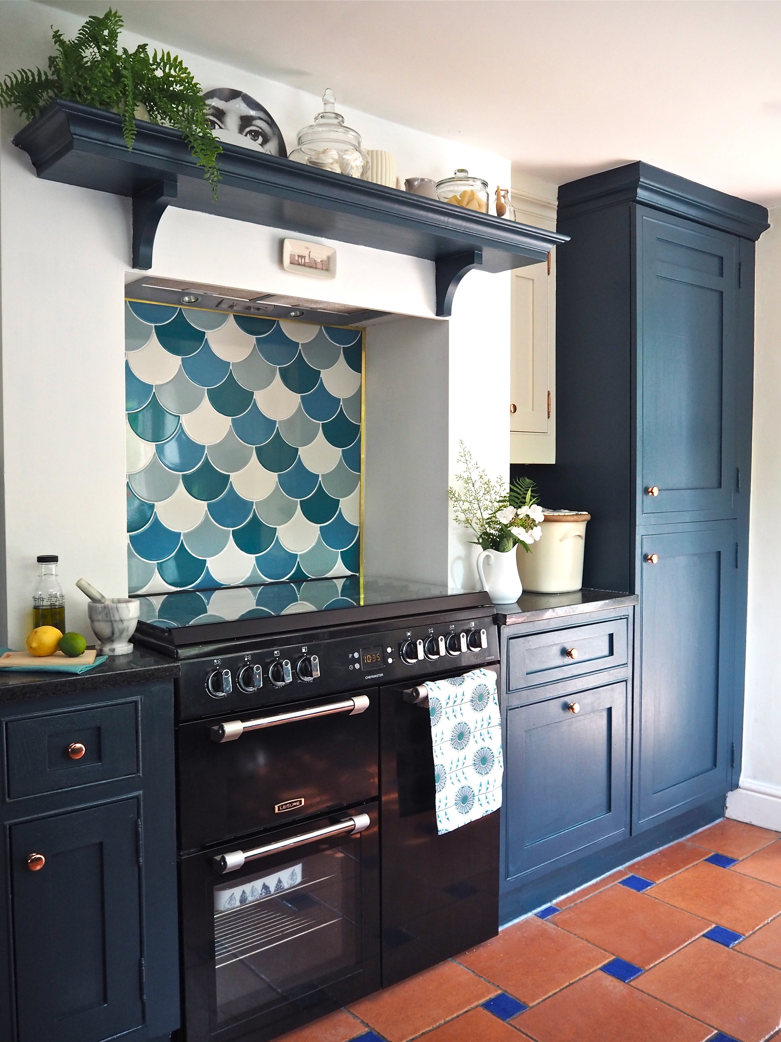 DIY Kitchen Splashback With The Syren Tiles by Topps Tiles ...