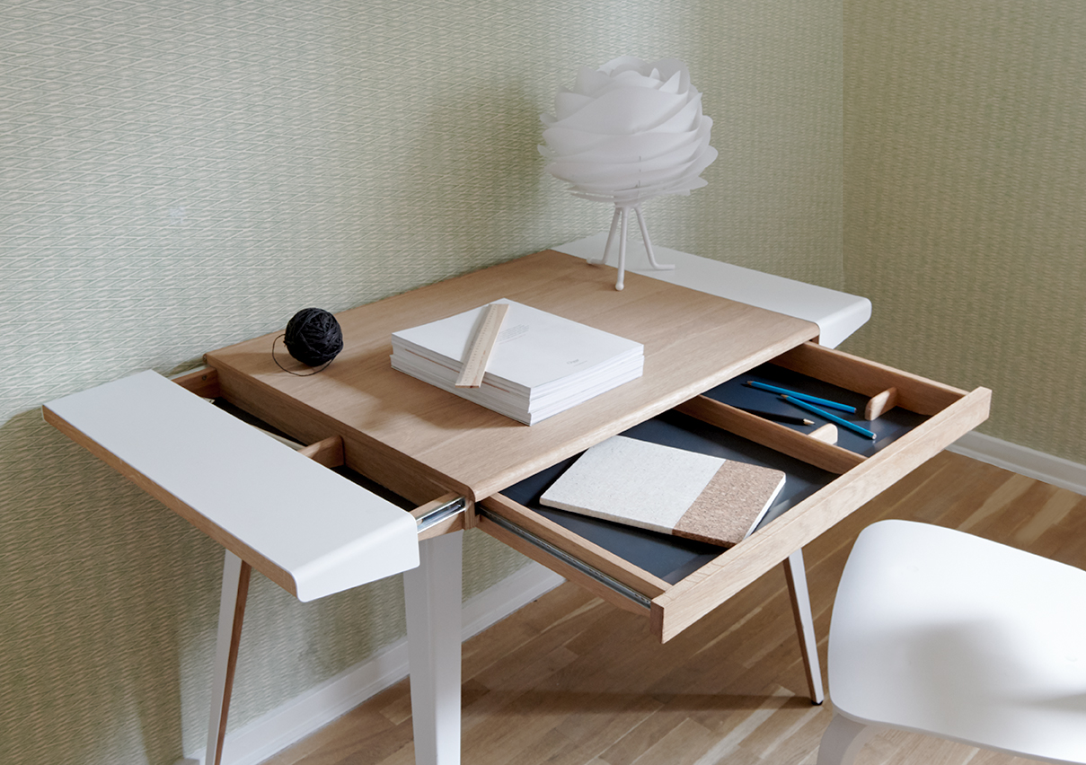 Ambitions Desk by Umage