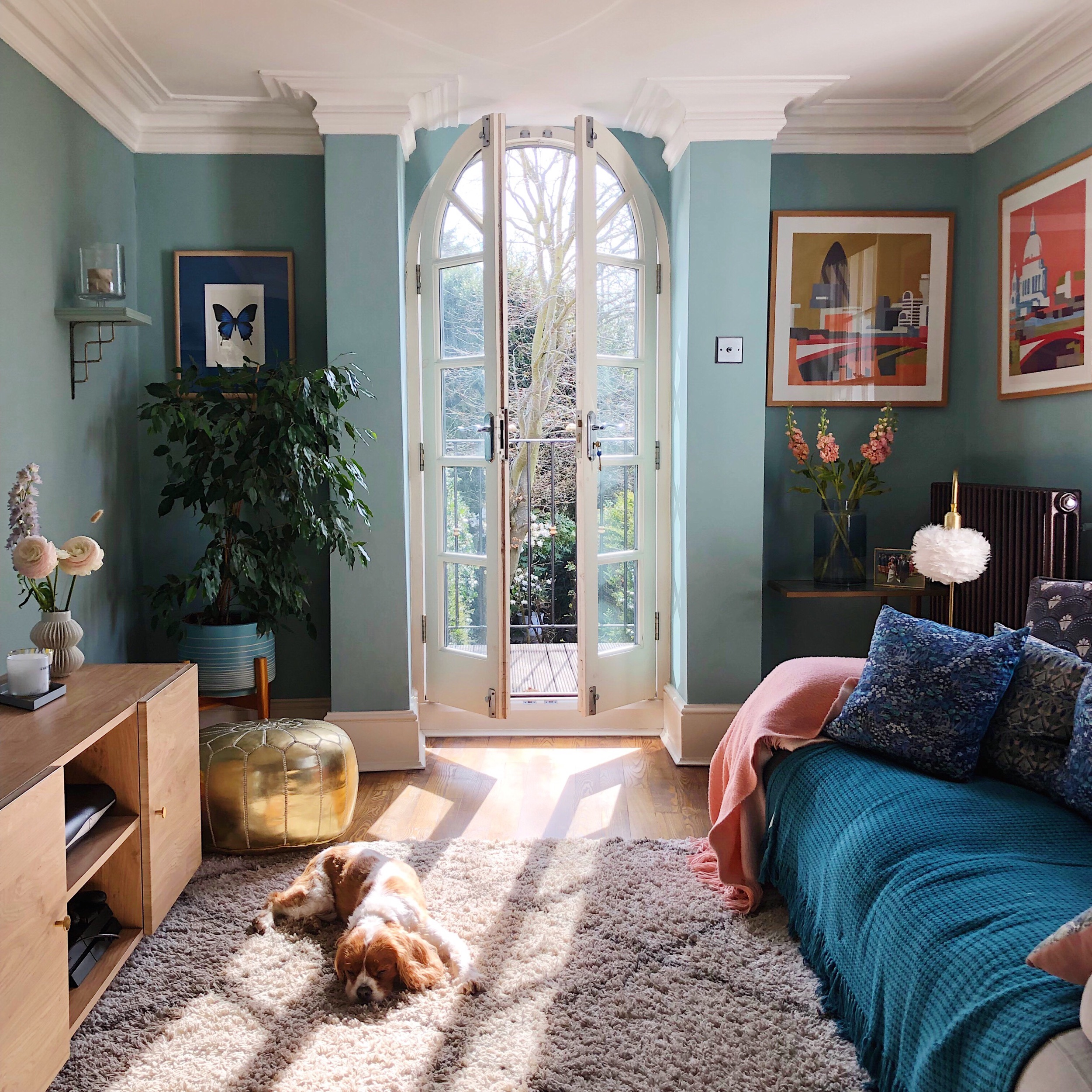 how to pick the perfect paint colour.jpeg