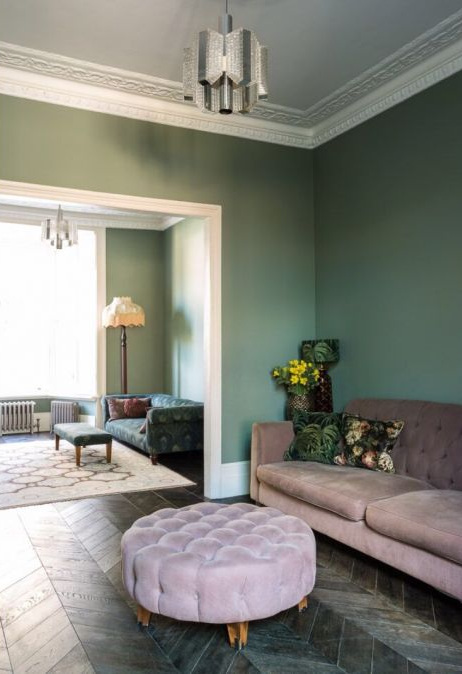 I've always been obsessed with the wall colours found in  Michelle Kelly's home  after seeing it in Living Etc magazine