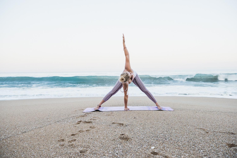 sayulita_yoga_eva.jpg