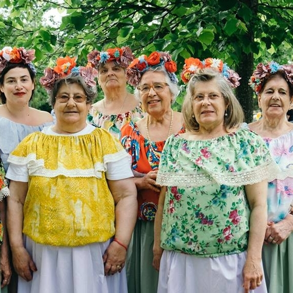 The Grannies  - @aavoveiotrabalhar