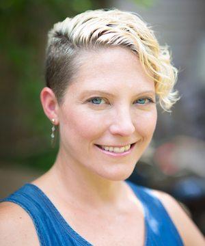 Kelly Drennan - @fashiontakesaction