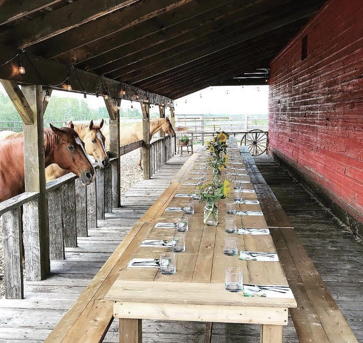 Dining experience on the veranda of The Old Red Barn
