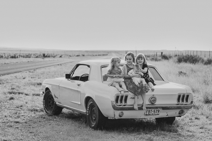 Brownings.marfa_.texas_.family.portrait-18.jpg
