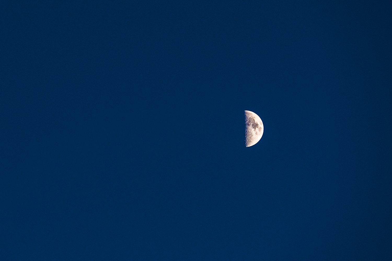 marfa-moon-1.jpg
