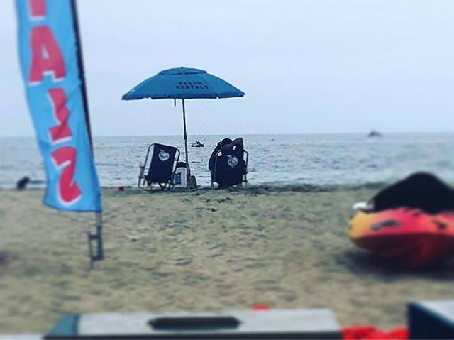 Relax in our beach chairs for only $10!  #santabarbara  #beachlife #805 #eastbeach #oceanview #eastbeachrentals 🏖🏄🏼♀️💦