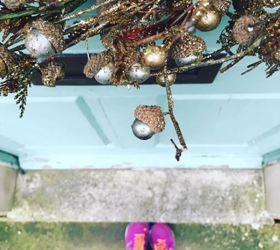 Wreath and trainers christmas running